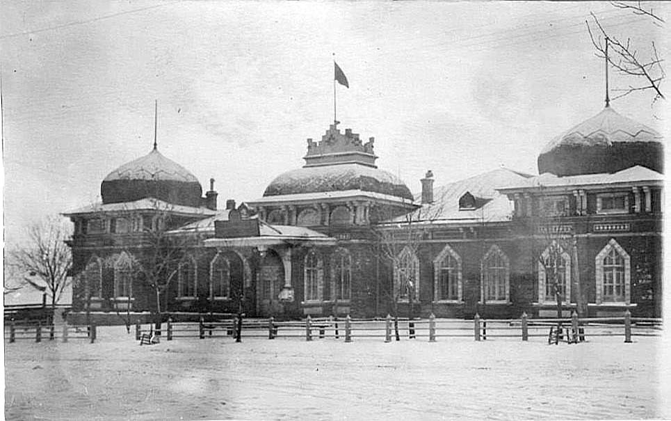 Alexandrovsk-Sakhalinsky. The house of the governor of Sakhalin