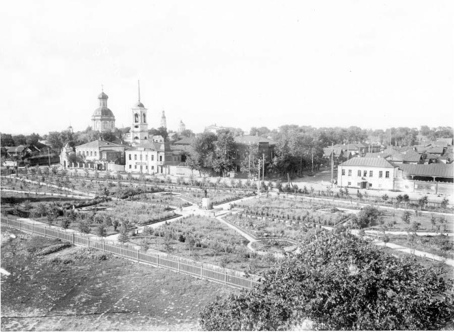 Arzamas. Leninsky small garden