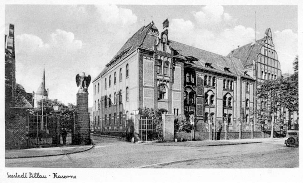 Baltiysk. The building of barracks