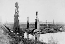 Ишимбай. Oil derricks