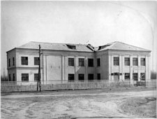 Kamyzyak. Middle school