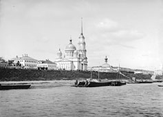 Rybinsk. Embankment and cathedral