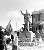 Tynda. Monument to Lenin