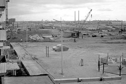 Usinsk. Construction of the first houses of the city