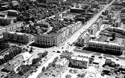 Yuzhno-Sakhalinsk. Crossroads of streets Lenin and Sakhalinskaya, 1968