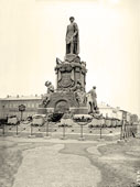 Yaroslavl. The monument to Emperor Alexander II