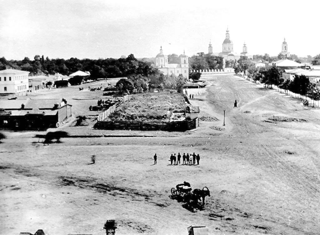 Ahtyrka. October street, 1890